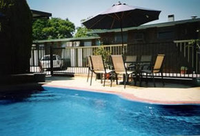 Sun Centre Motel - Accommodation Burleigh