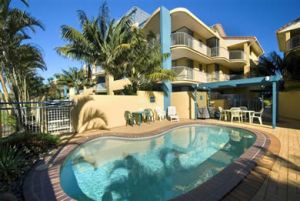 Surf Club Apartments - Accommodation Burleigh