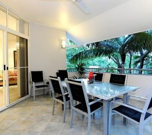 Oasis At Palm Cove - Accommodation Burleigh