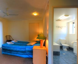 Blue Waters Motel - Accommodation Burleigh