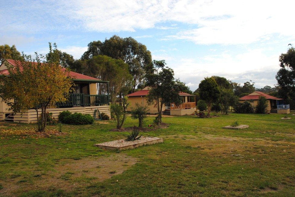 Lakes Entrance Country Cottages - Accommodation Burleigh