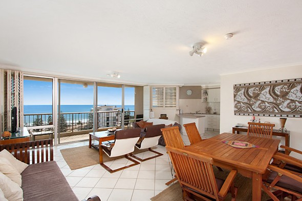 Rainbow Commodore Holiday Apartments - Accommodation Burleigh