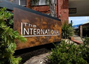 Comfort Inn The International - Accommodation Burleigh