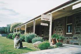 Thomas Henry's Of Port Elliot - Accommodation Burleigh