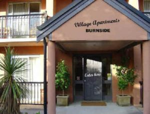 Village Apartments - Accommodation Burleigh