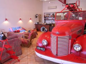 The Fire Station Inn - Fire Engine Suite - Accommodation Burleigh