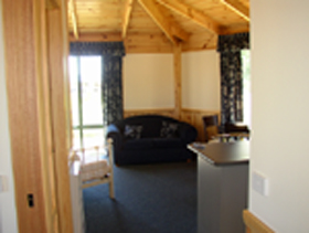 Seven Mile Cottages - Accommodation Burleigh