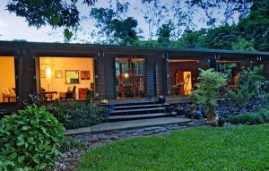 Cow Bay Homestay Bed and Breakfast - Accommodation Burleigh
