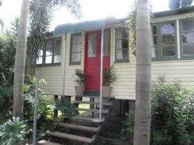 The Red Ginger Bungalow - Accommodation Burleigh