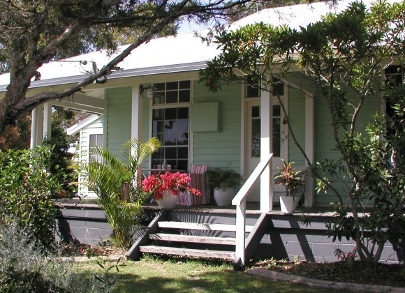 Huskisson Bed  Breakfast - Accommodation Burleigh