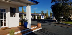 Colonial Motel - Accommodation Burleigh