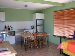 Fossickers Cottages - Accommodation Burleigh