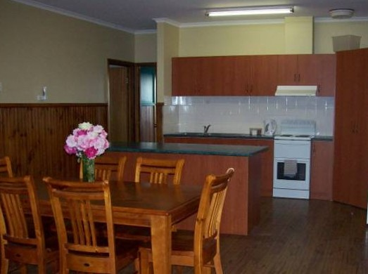 Riverland Holiday Cottage - Accommodation Burleigh