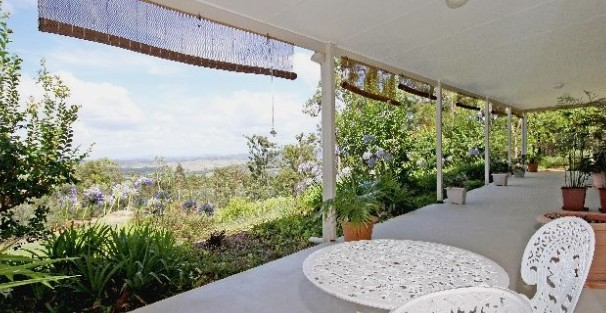Bed and Breakfast at Wallaby Ridge - Accommodation Burleigh