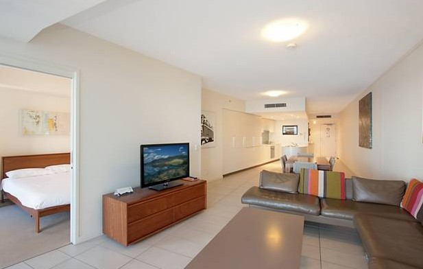 Grand Mercure Apartments Coolangatta - Accommodation Burleigh