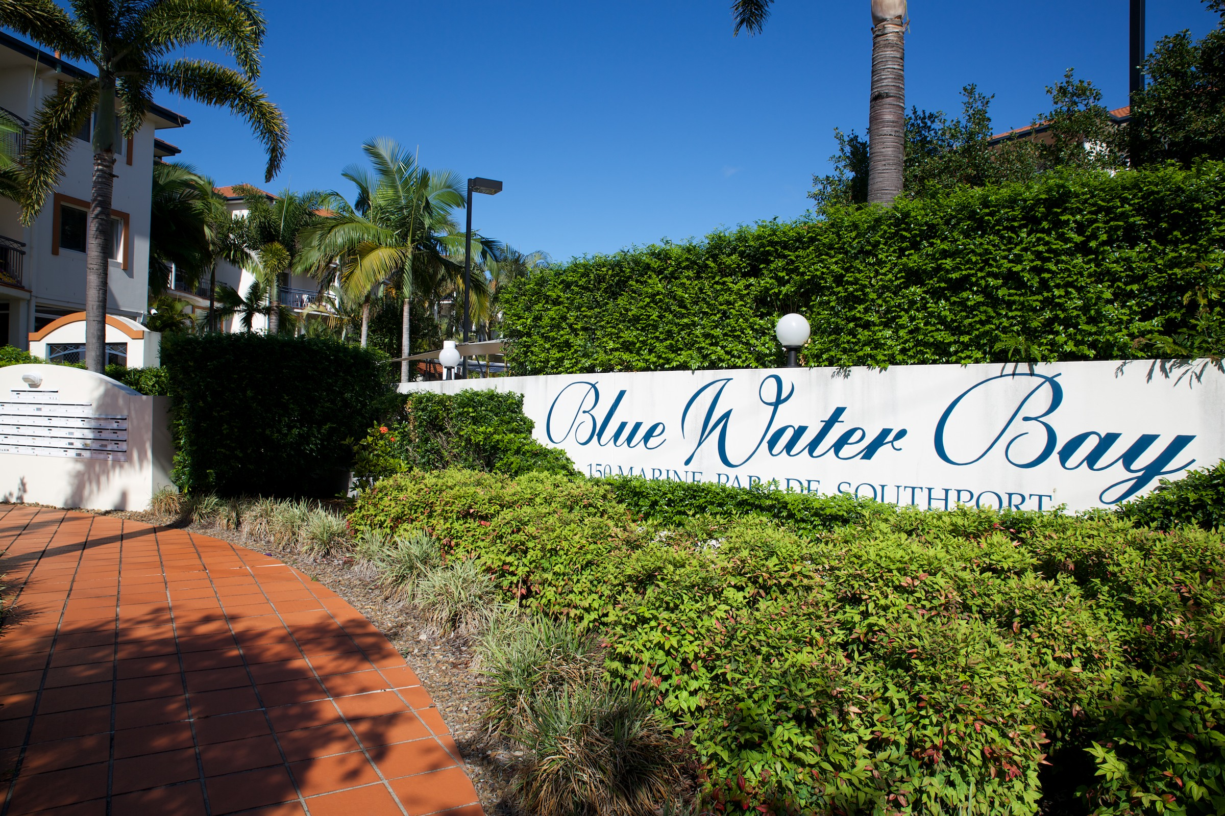 Blue Water Bay Luxury Villas - Accommodation Burleigh