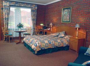 Sovereign Park Motor Inn - Accommodation Burleigh