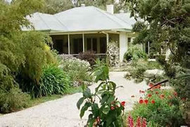 Locheilan Bed and Breakfast - Accommodation Burleigh