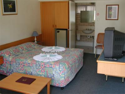 Tropical Gateway Motor Inn - Accommodation Burleigh