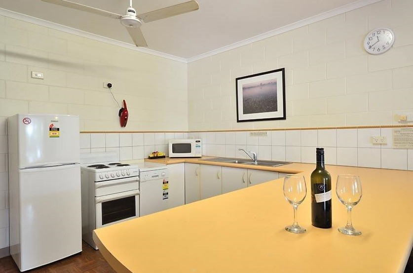 St Andrews Serviced Apartments - Accommodation Burleigh