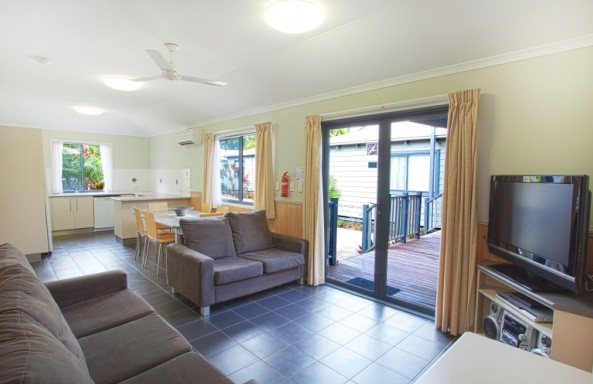 Discovery Holiday Parks - Accommodation Burleigh