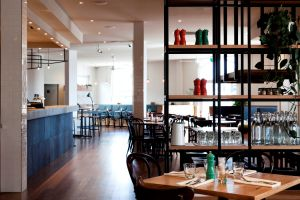 Plough Hotel - Accommodation Burleigh