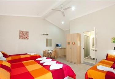Pacific Palms Motel - Accommodation Burleigh