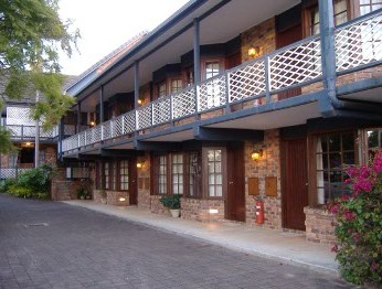 Montville Mountain Inn - Accommodation Burleigh