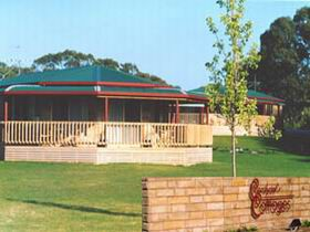 Carolynne's Cottages - Accommodation Burleigh