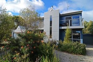 Barrakee Beach House - Accommodation Burleigh