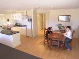 Copper Cove Holiday Villas - Accommodation Burleigh