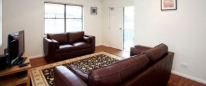 Executive Oasis Narribri Serviced Apartments - Accommodation Burleigh