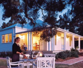 Lillians On Lovedale - Accommodation Burleigh