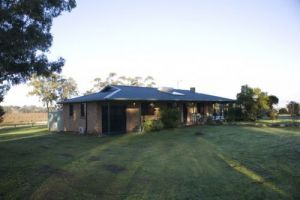 Talga Vines Vineyard Escape - Accommodation Burleigh