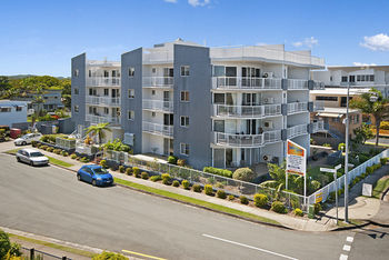 Sandy Shores Luxury Holiday Units - Accommodation Burleigh