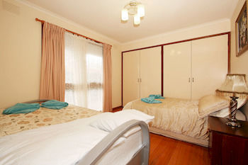 40 Thames Holiday Unit - Accommodation Burleigh
