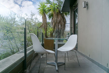 Comfy Kew Apartments - Accommodation Burleigh