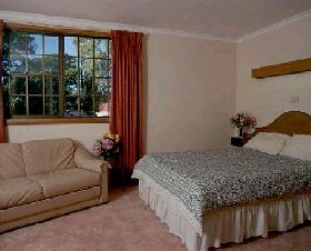 Bridport Bay Inn - Accommodation Burleigh