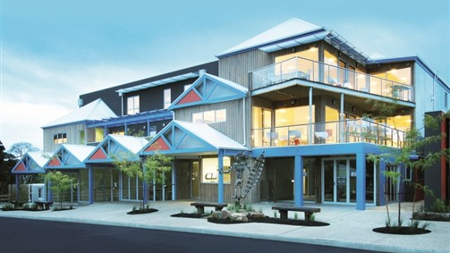 The Island Accommodation - Phillip Island YHA - Accommodation Burleigh