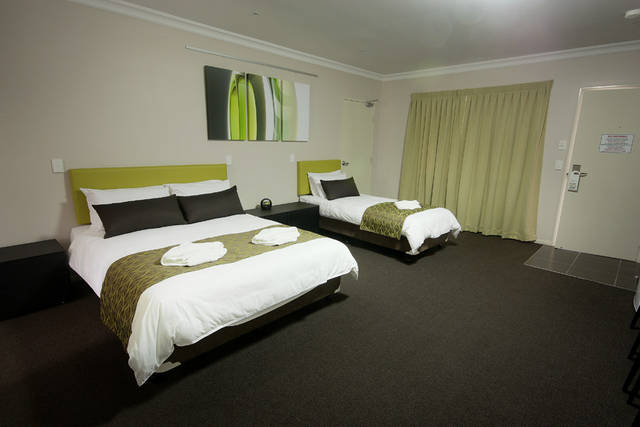 Drovers Motor Inn - Accommodation Burleigh