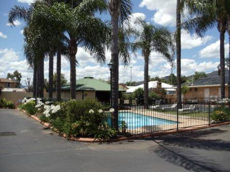 Town  Country Motor Inn Tamworth - Accommodation Burleigh