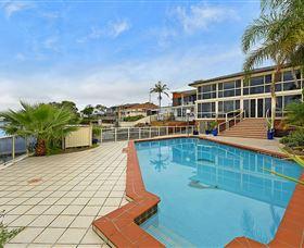 Waterfront Paradise - Accommodation Burleigh