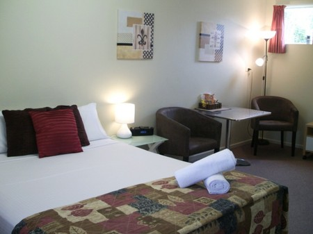 Chaparral Motel - Accommodation Burleigh