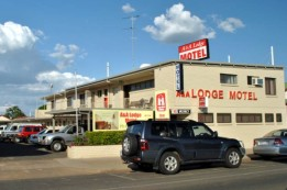 A  A Lodge Motel - Accommodation Burleigh