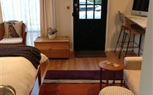 Milo's Bed and Breakfast - Accommodation Burleigh