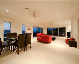 Viewpoint - Accommodation Burleigh