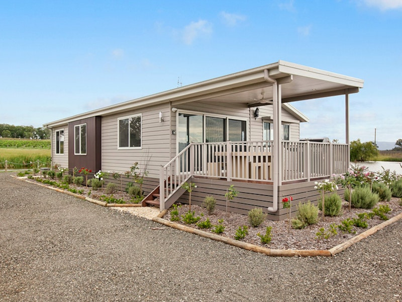 The Lake House Rothbury - Accommodation Burleigh