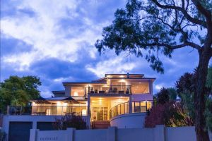 Eugenie's Luxury Accommodation - Accommodation Burleigh