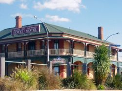 Streaky Bay Hotel Motel - Accommodation Burleigh