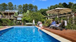 Birks River Retreats - Accommodation Burleigh